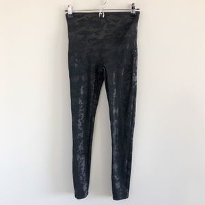 Spanx Faux Leather Matte Black Camo Leggings Med